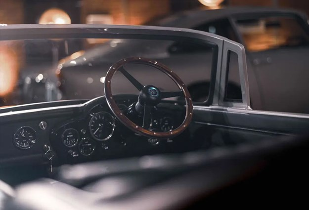 Aston-Martin-DB5-Junior-interior.jpg