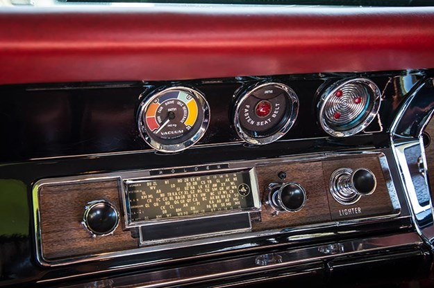 holden-x2-wagon-gauges-3.jpg