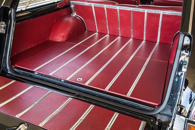 holden-x2-wagon-rear-cargo.jpg