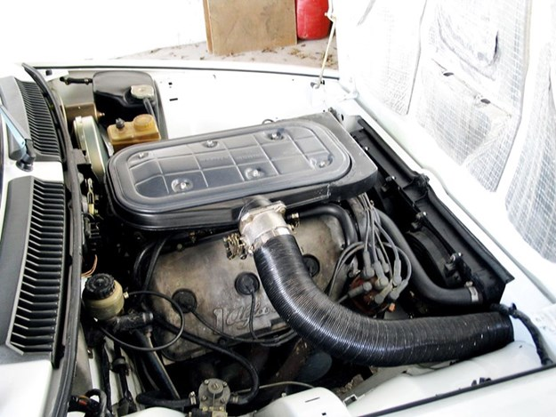 Alfa-Romeo-GTV6-3L-engine.jpg