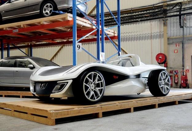 Peugeot-FLUX.jpg