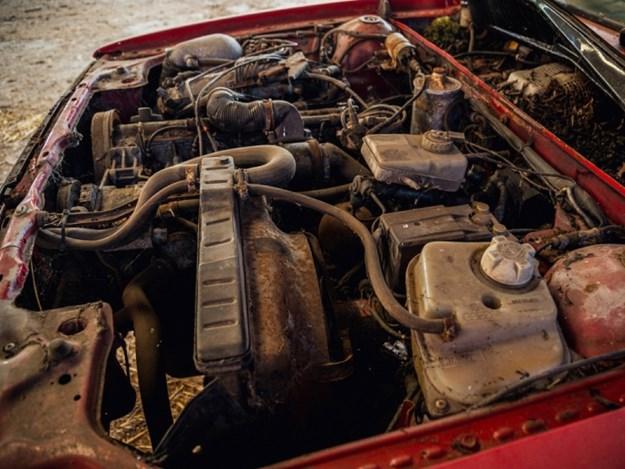 Audi-Quattro-barn-engine.jpg