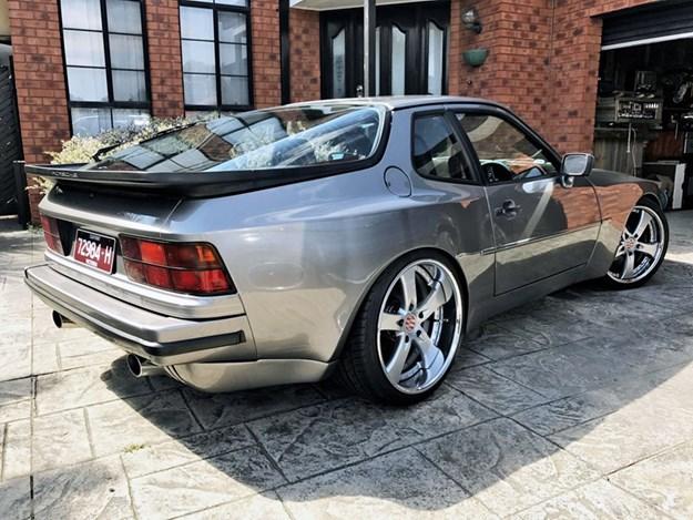 Porsche-944-rear-side.jpg
