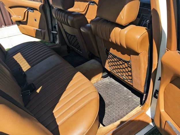 W116-interior-rear.jpg