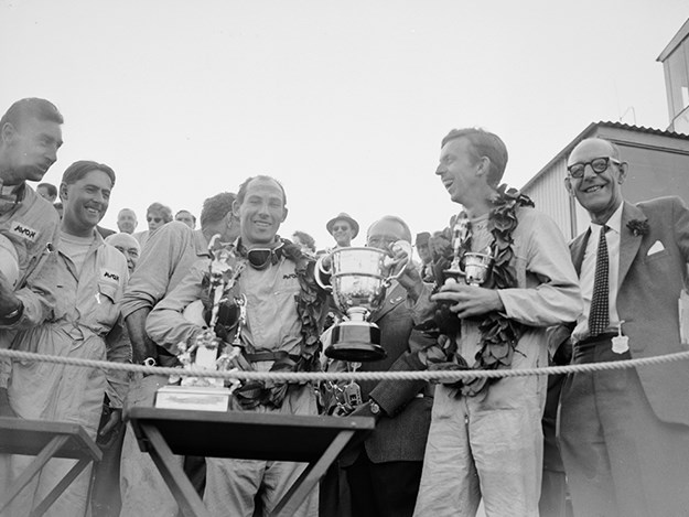 Stirling-Moss-goodwood-tourist-trophy.jpg