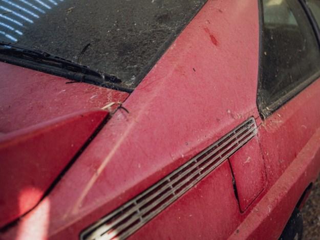 Barn-find-audi-quattro-exterior-detail.jpg