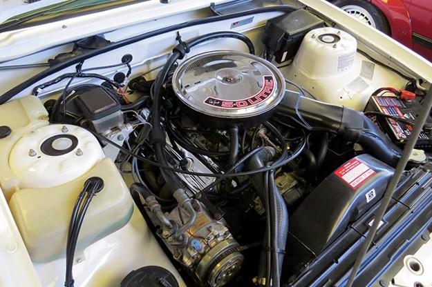 hdt-vk-ss-engine-bay.jpg