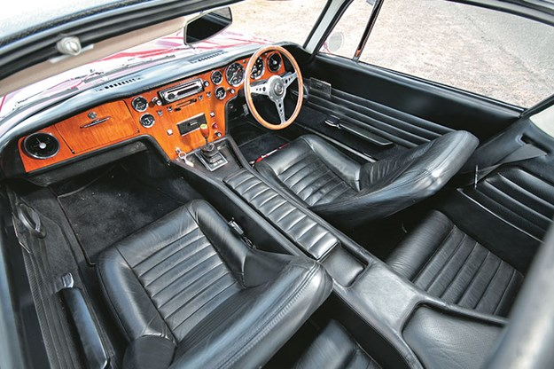 lotus-elan-interior.jpg