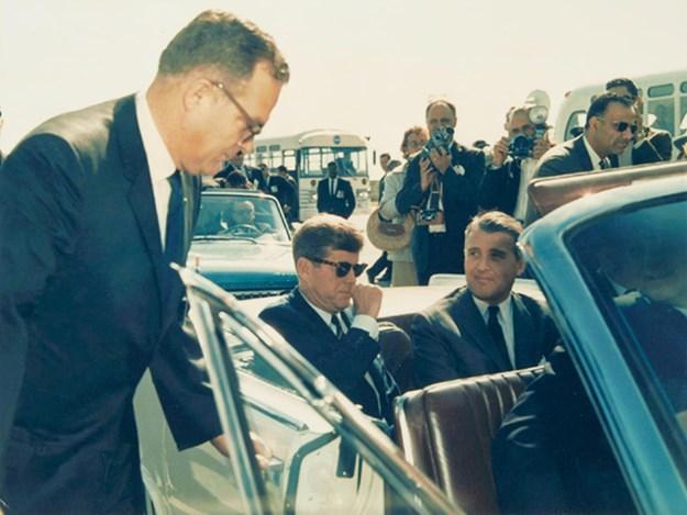 JFK-63-continental-Ford-Worth-period.jpg