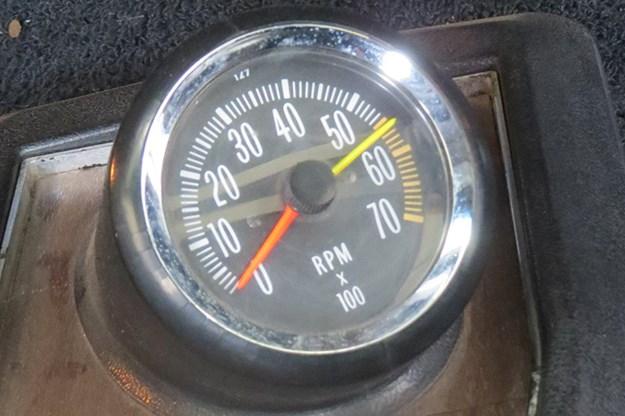 holden-monaro-gauge-2.jpg