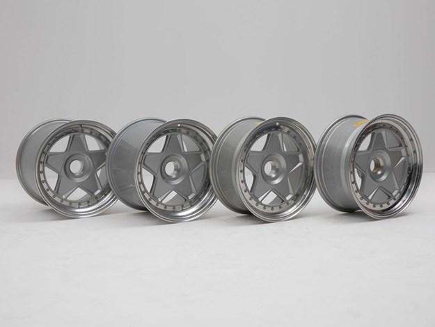 BHauction-rare-spares-F40-Wheels.jpg
