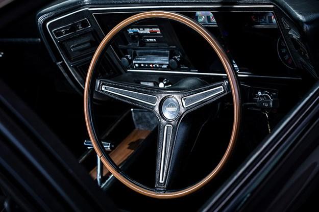 ford-falcon-xb-gt-dash.jpg