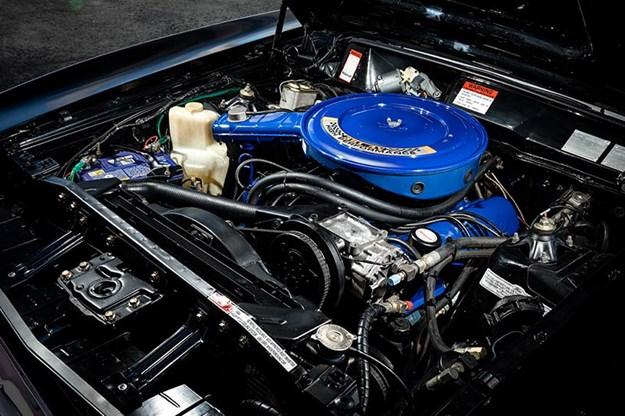 ford-falcon-xb-gt-engine-bay-1.jpg