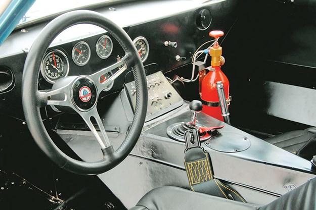shelby-cobra-interior.jpg