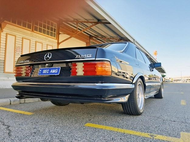 500SEC-rear-side.jpg