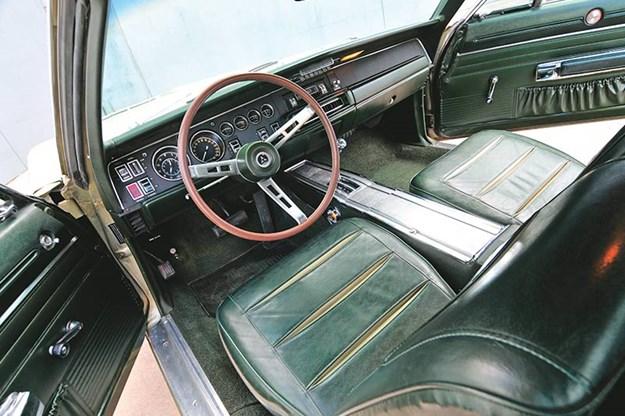 dodge-charger-interior.jpg