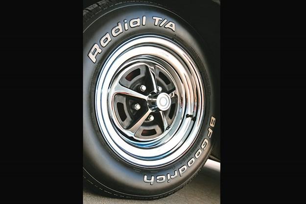 dodge-charger-wheel-2.jpg