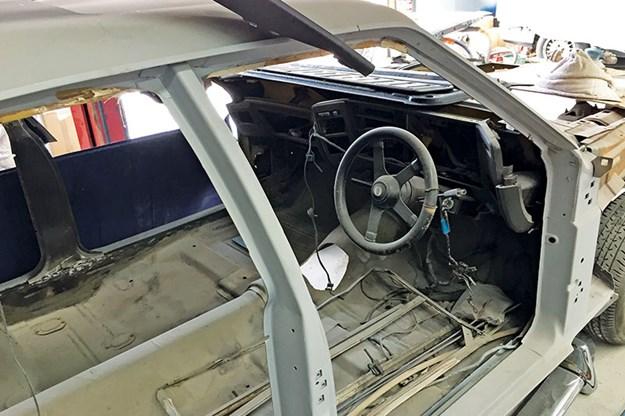 ford-falcon-xb-gt-tribute-resto-3.jpg