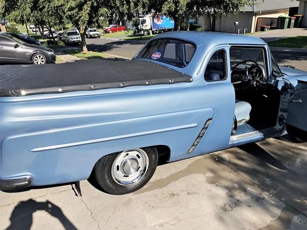 Ford-Mainline-tempter-rear-side.jpg