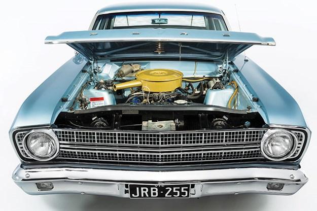 ford-xr-falcon-engine-bay.jpg