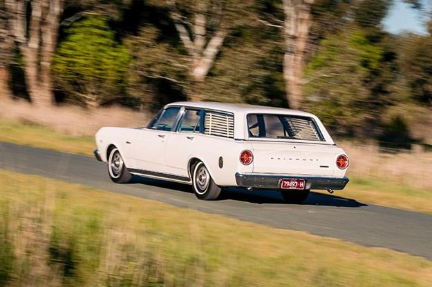 ford-xr-falcon-onroad.jpg