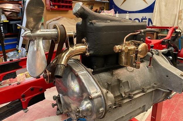 engine-2.jpg