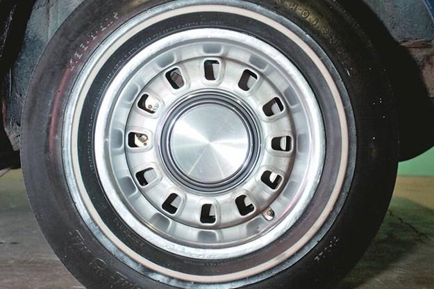 ford-torino-talledega-wheel.jpg