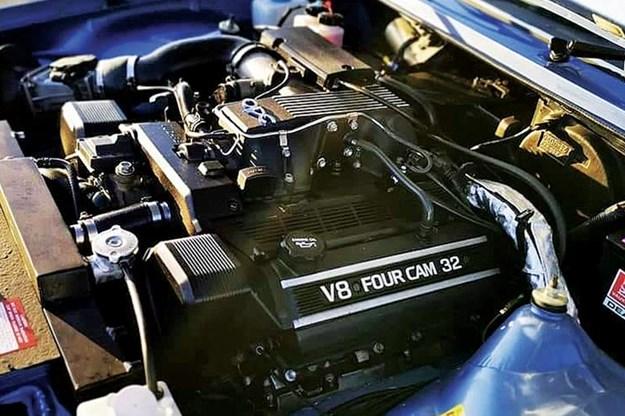 v8-engine.jpg