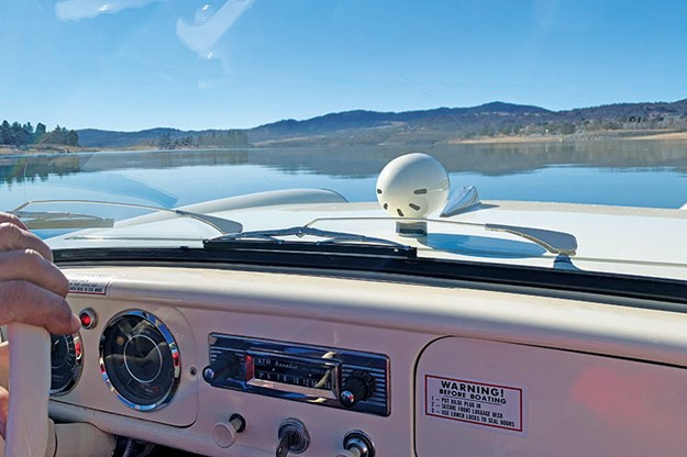 amphibious-amphicar-dash-2.jpg