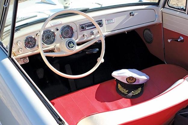 amphibious-amphicar-dash.jpg