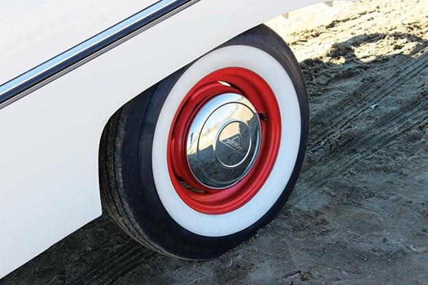 amphibious-amphicar-wheel.jpg