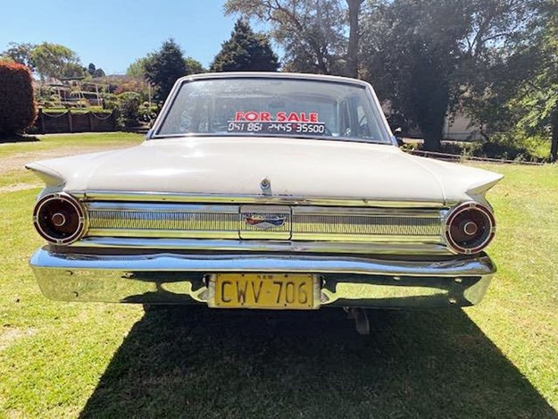 Ford-Compact-Fairlane-rear.jpg