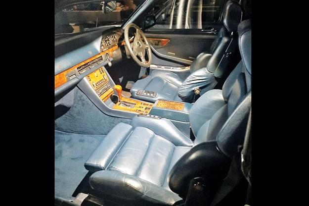 mercedes-benz-500sec-interior.jpg