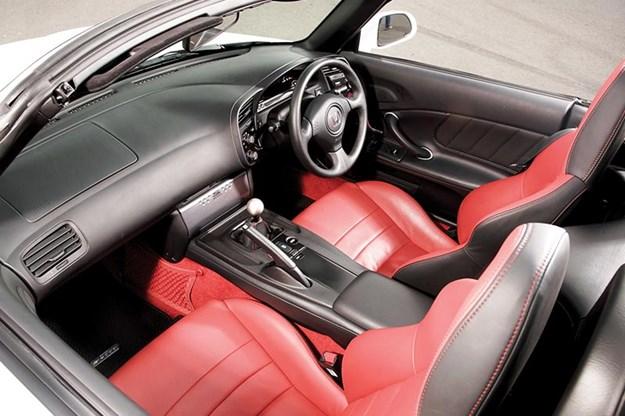 honda-s2000-interior-2.jpg