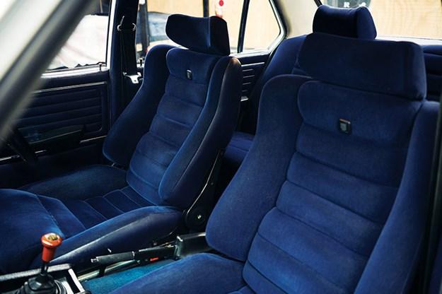 bmw-e12-530-mle-seats.jpg