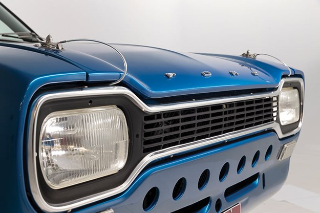 ford-escort-grille.jpg