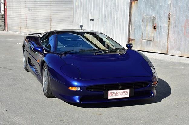 jaguar-xj220-front.jpg