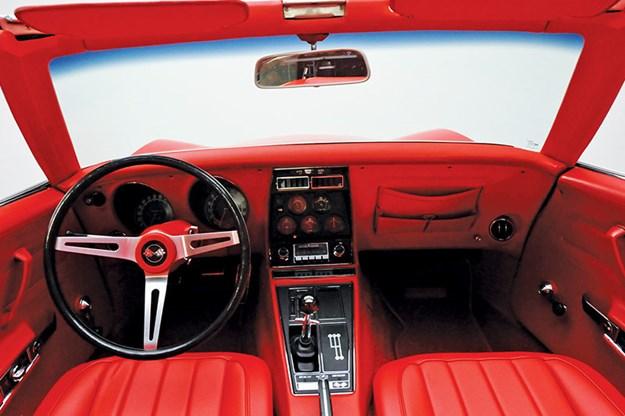 corvette-c3-interior.jpg