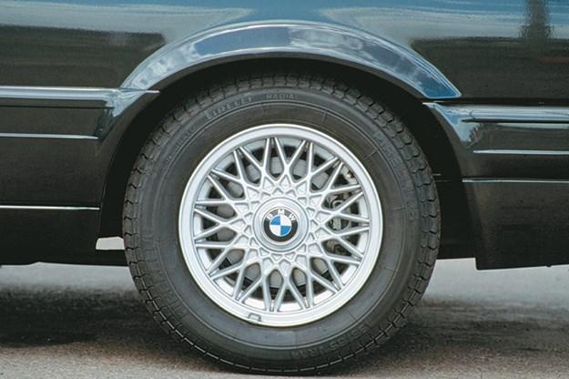 bmw-e30-wheel.jpg