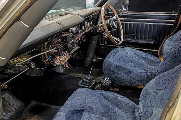 ford-falcon-xt-gt-interior.jpg