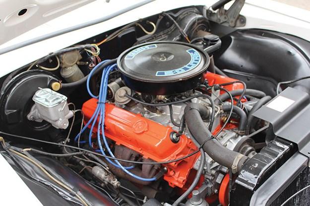 hdt-hz-panel-van-engine-bay.jpg