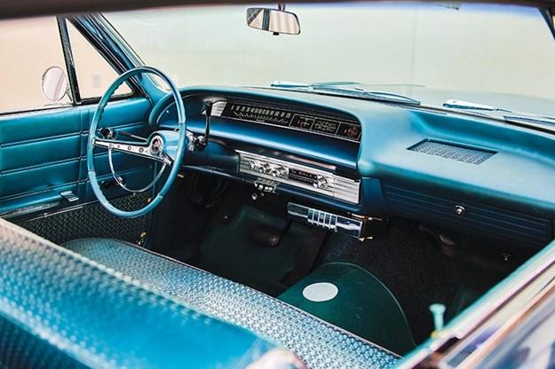 chevrolet-impala-interior.jpg