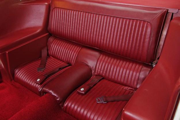 ford-mustang-boss-302-interior-rear.jpg