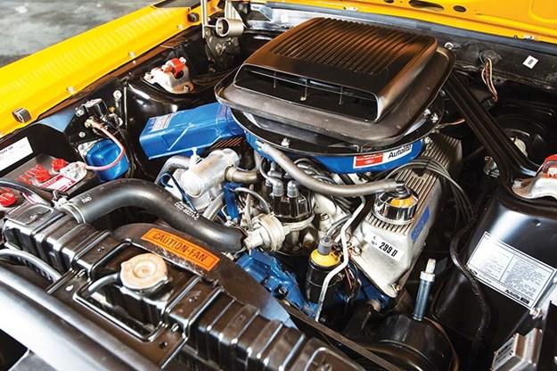 ford-mustang-boss-engine-bay.jpg