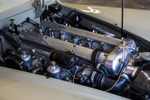 jaguar-xk120-engine-bay.jpg