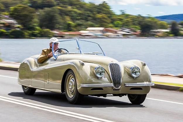 jaguar-xk120-onroad.jpg