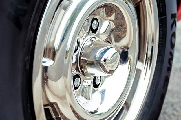 ford-falcon-xt-gt-wheel.jpg