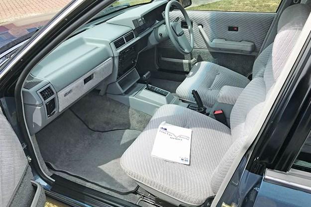 holden-vl-commodore-1-interior.jpg