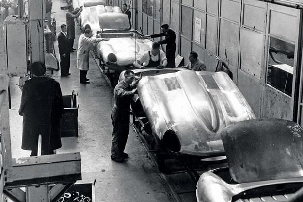 jaguar-etype-factory-line.jpg