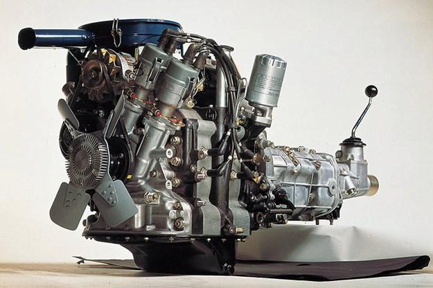 mazda-r100-wankel-engine.jpg
